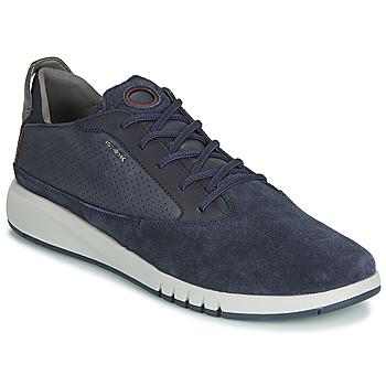 Shoes Men Low top trainers Geox U AERANTIS Marine