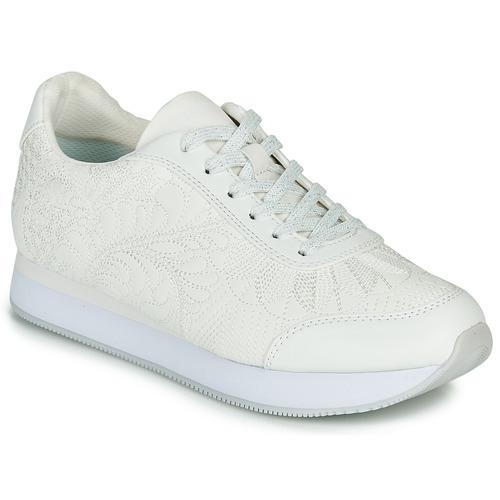Shoes Women Low top trainers Desigual GALAXY LOTTIE White