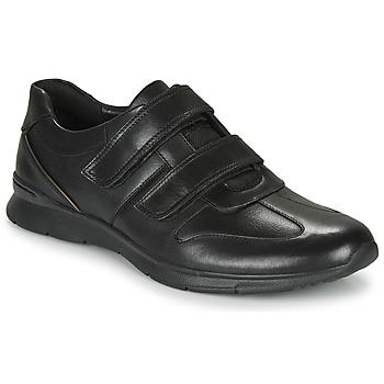 Shoes Men Low top trainers Clarks UN TYNAMO TURN Black