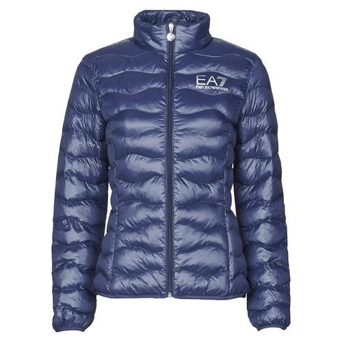 Clothing Women Duffel coats Emporio Armani EA7 TRAIN CORE LADY W LT ECO DOWN JCKT Marine