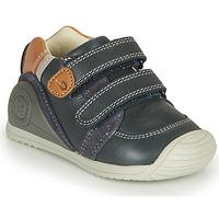 Shoes Boy Low top trainers Biomecanics BOTIN VELCROS Marine
