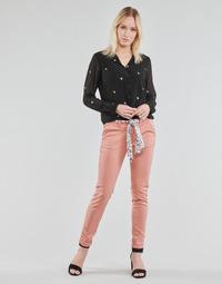 Clothing Women Chinos Le Temps des Cerises LIDY Pink