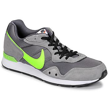 Shoes Men Low top trainers Nike VENTURE RUNNER Grey / Yellow