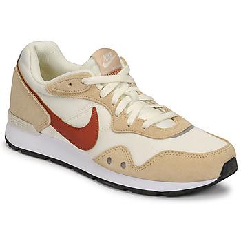 Nike  NIKE VENTURE RUNNER  women's Shoes (Trainers) in Beige