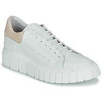 Shoes Women Low top trainers Sweet Lemon PLANTO White / Beige