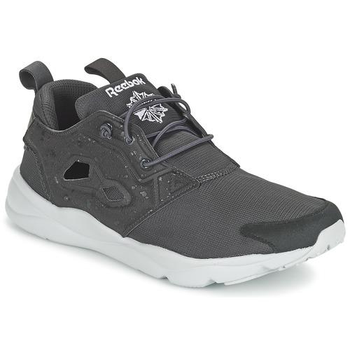 Shoes Men Low top trainers Reebok Classic FURYLITE SP Grey / White