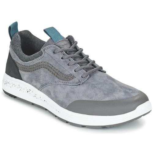 Shoes Low top trainers Vans ISO 3 MTE Grey / Black