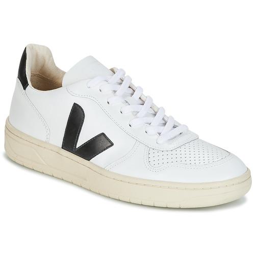 Veja V-10 White / Black - Free Delivery
