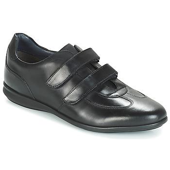 Shoes Men Low top trainers André FACILE Black