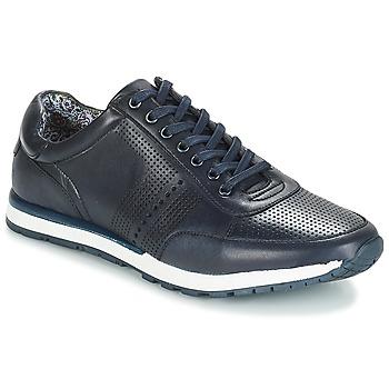 Shoes Men Low top trainers André LYNX Blue